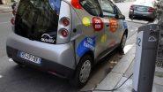 Paris: Anne Hidalgo ne veut pas interdire les voitures en 2030 mais...