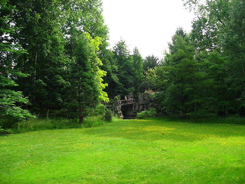 Cr ation et entretien paysager for Entretien jardin emploi